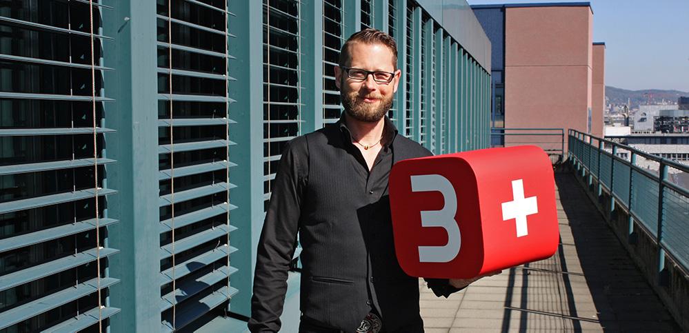 Filip Stropek mit 3+ Logo